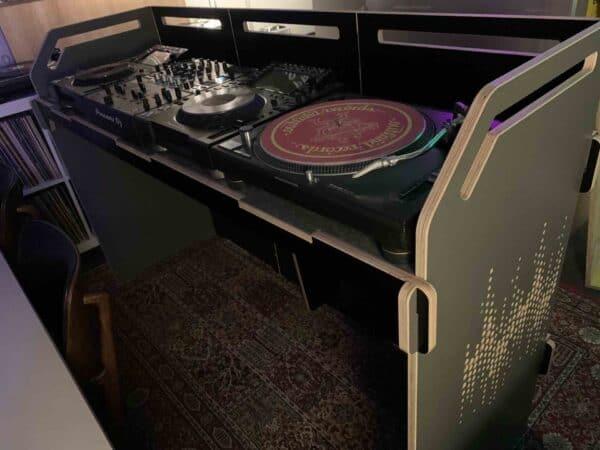 dj-booth-10-haarlemse-dj-producer-school